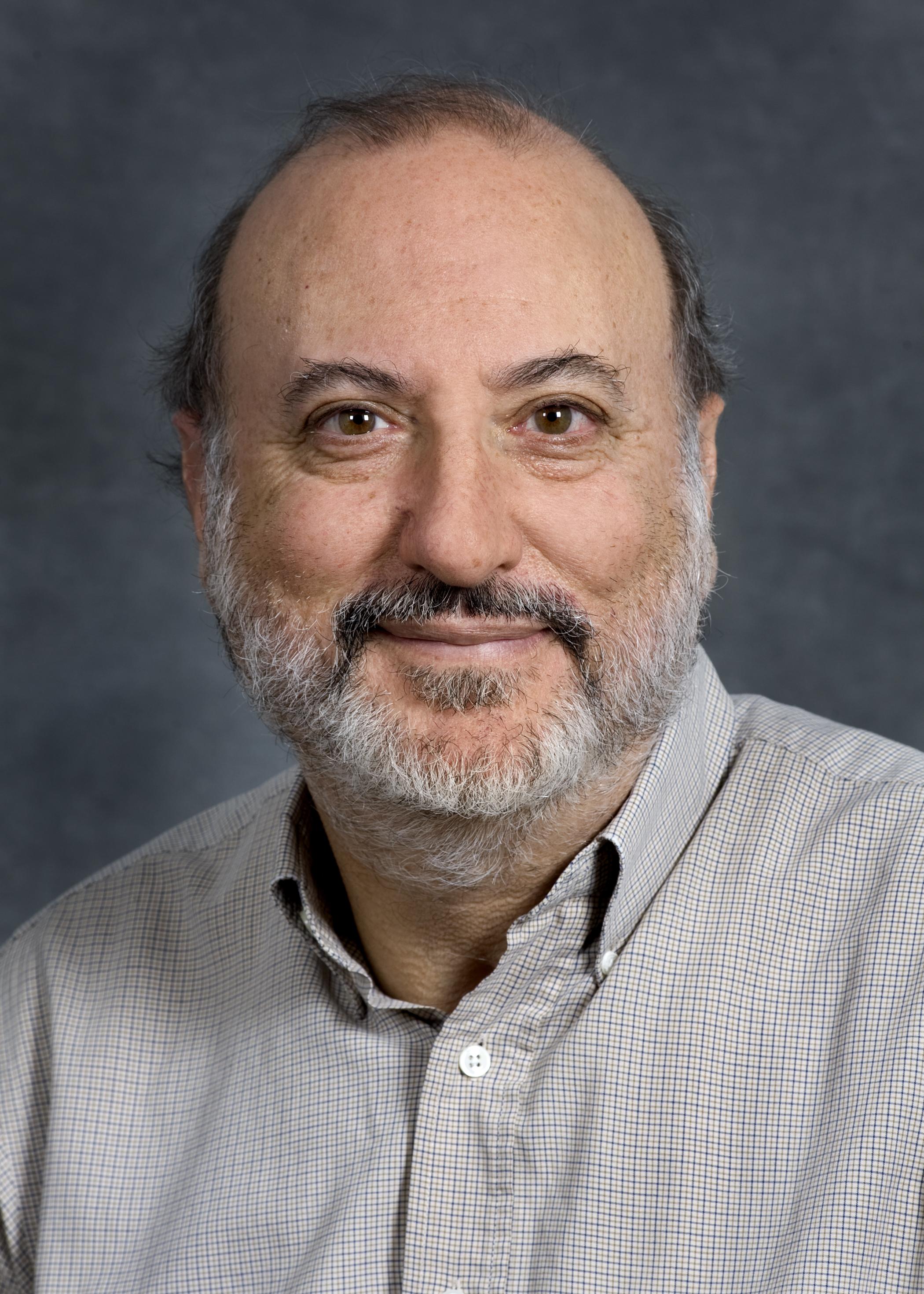 Portrait of Ed Vine, a scientist at EETD.